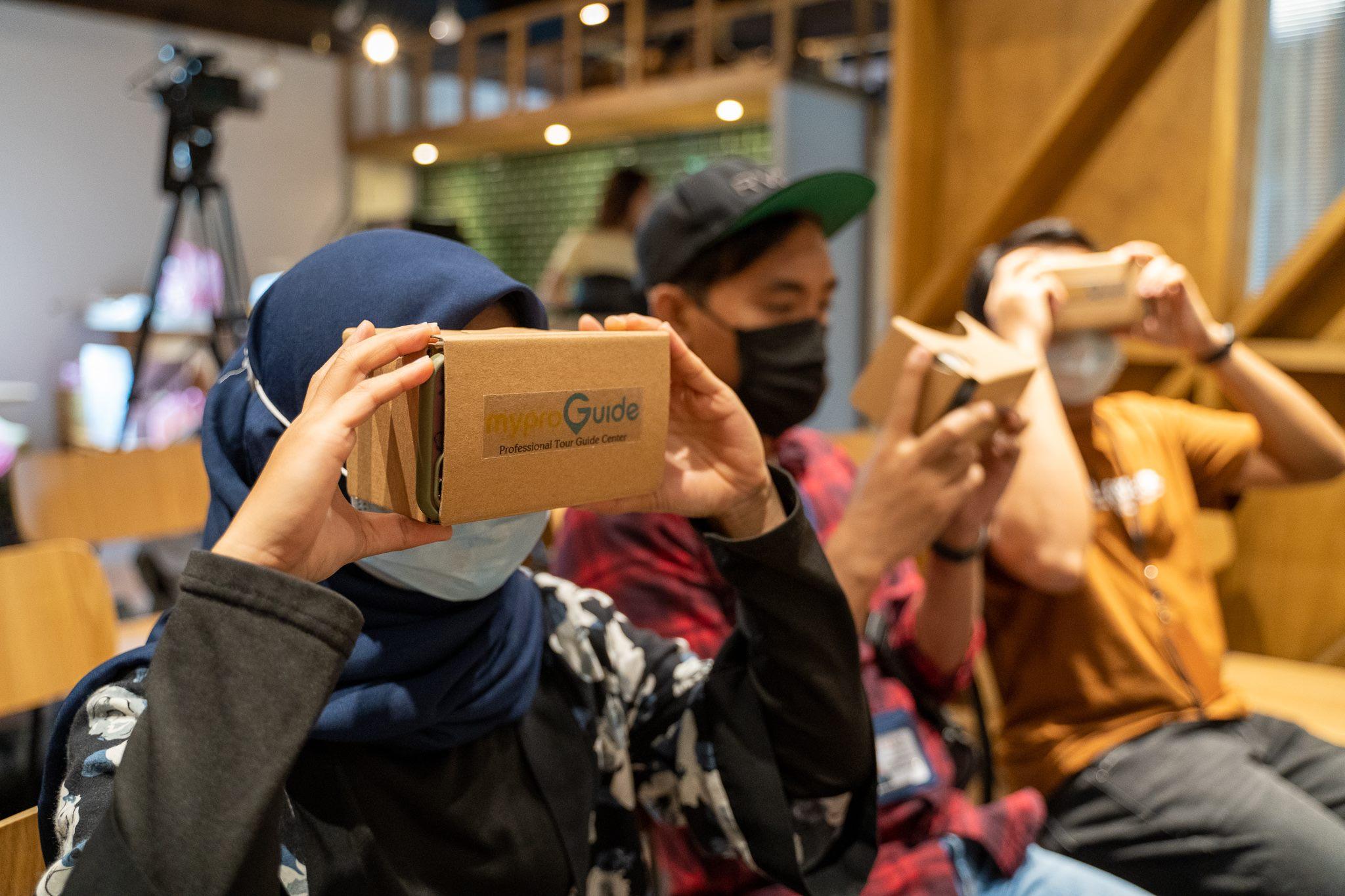 運用VR技術體驗「線上看臺北」的立體美景