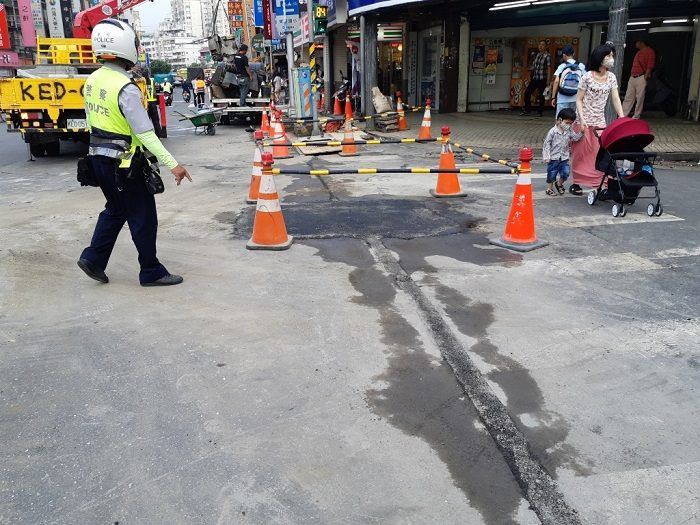 圖3 交工處於17時18分路面修復完妥,並確認現場無漏氣情形