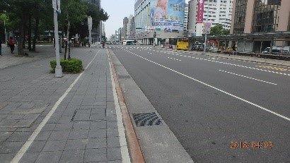 圖 3、107年松山區考評現況;南京東路4段(小巨蛋周邊)道路。