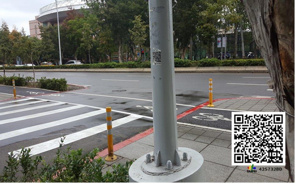 新生南路三段54之3號前路燈共桿設施