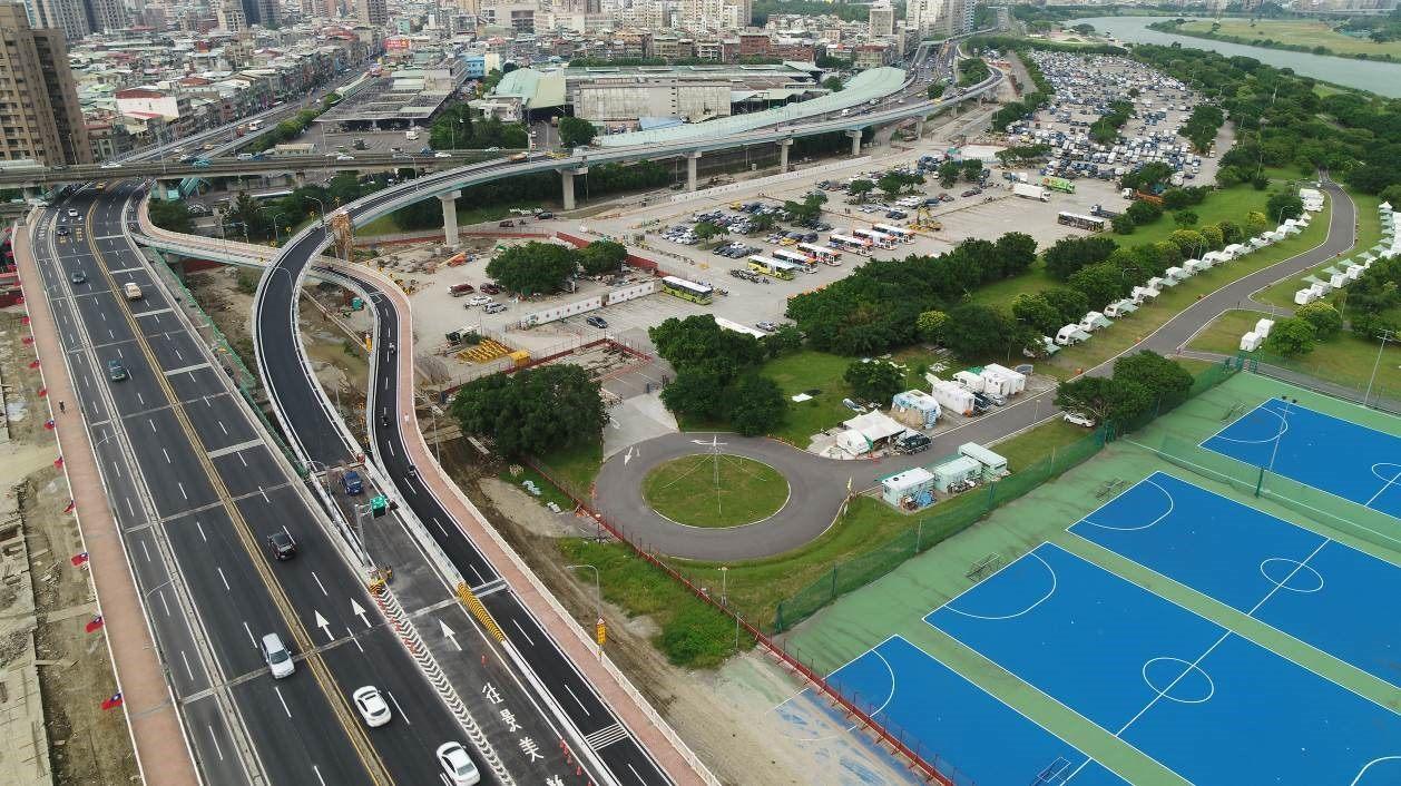 華中橋增設匝道銜接水源快速道路 完工照片1