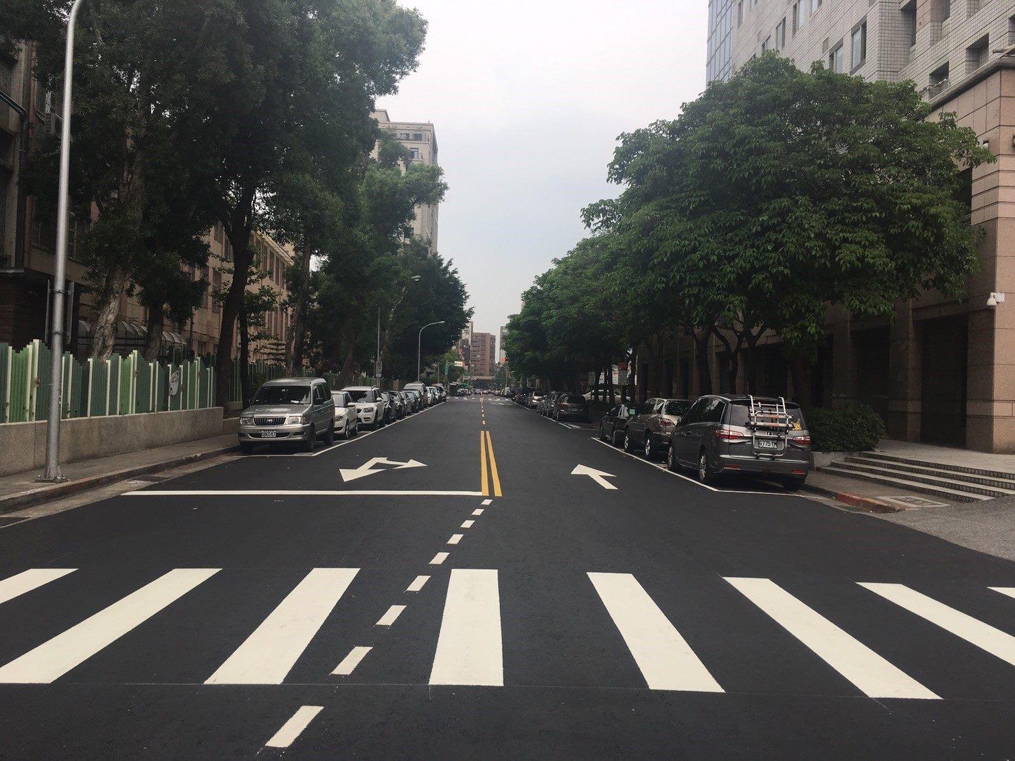 臺北市朱崙街路面更新後情形
