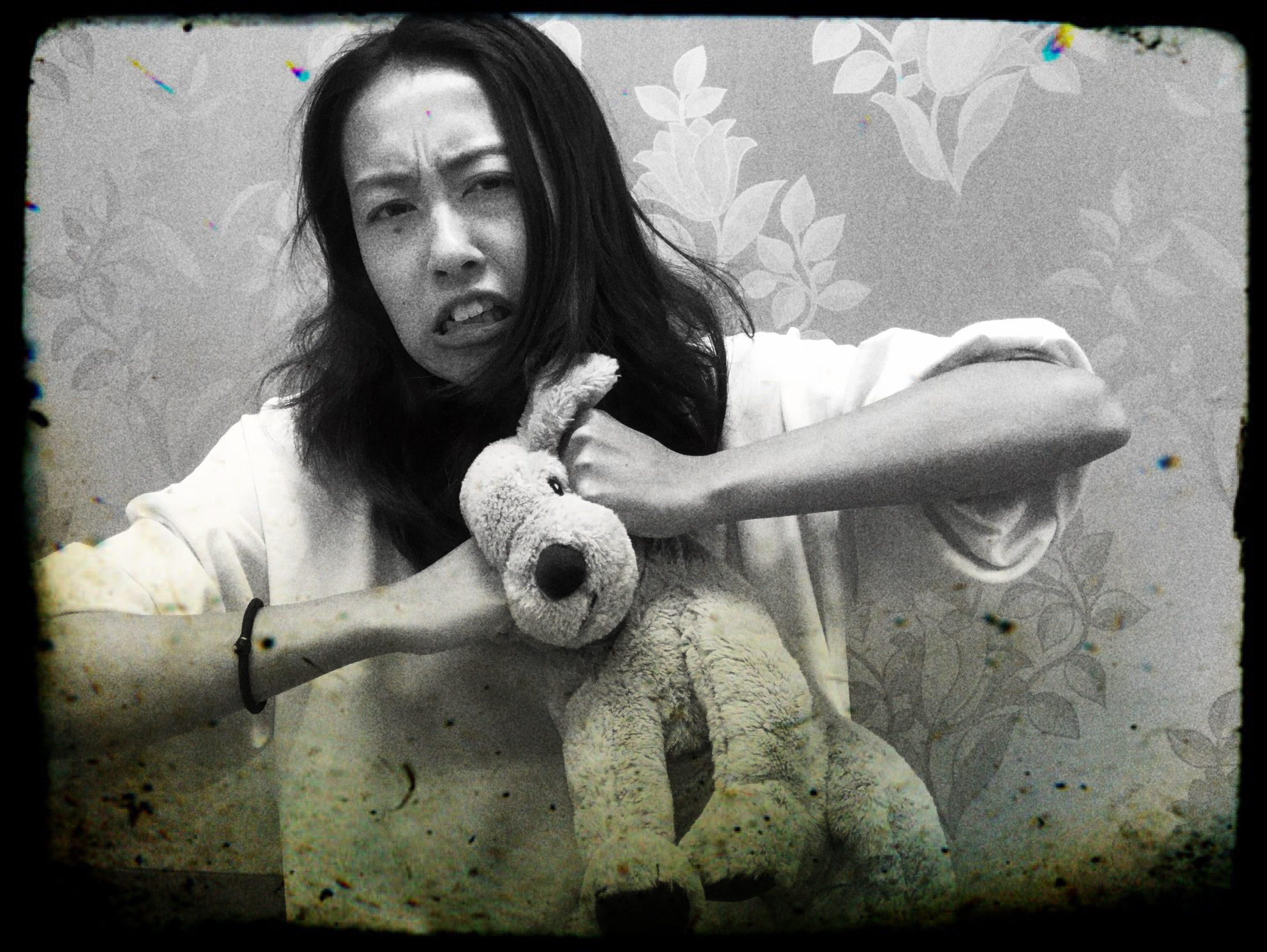 學員和賀涼子從不同的角度扮演出生氣的母親,來詮釋母親也是有不同的情緒