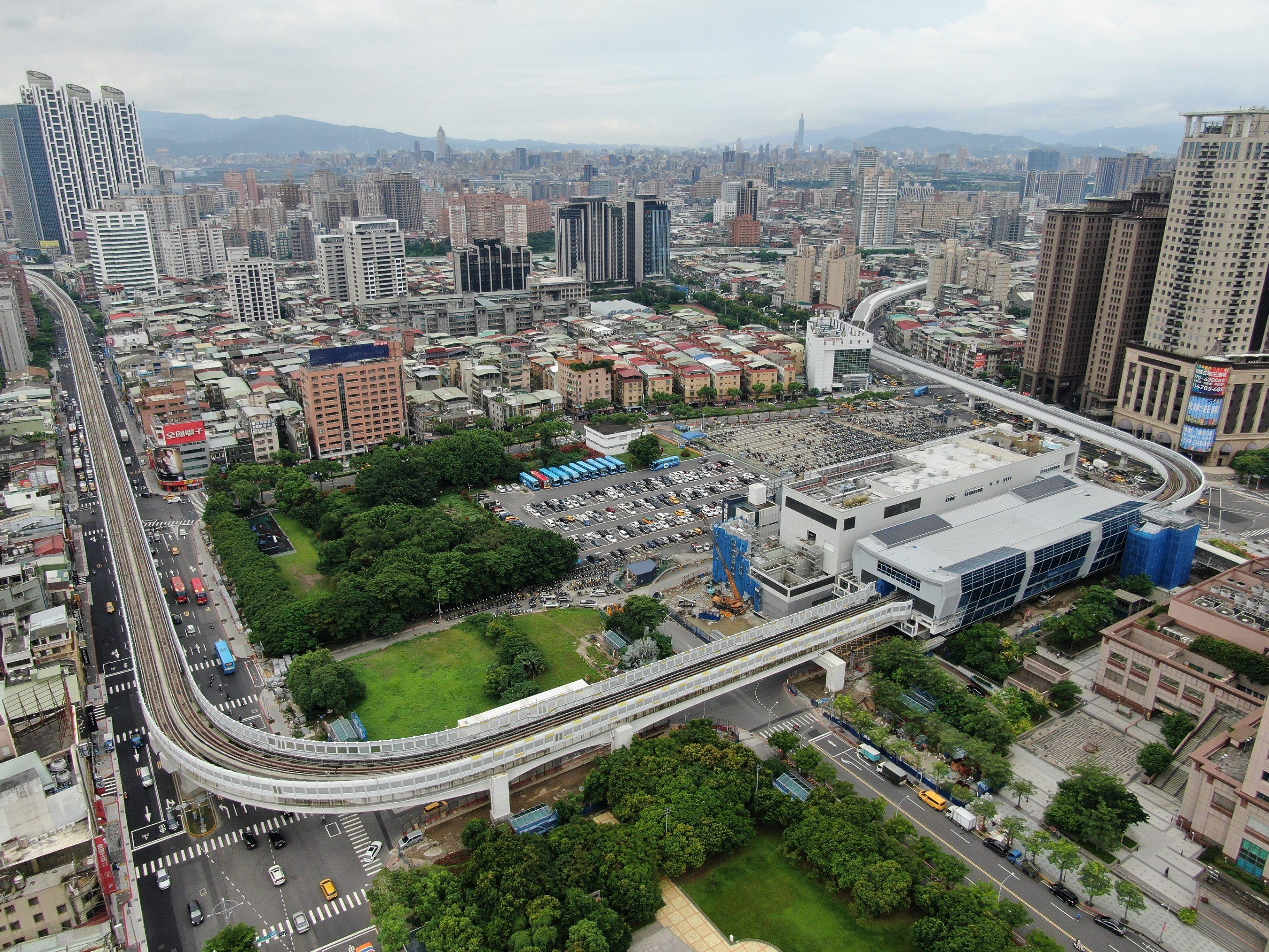 Banqiao Station on the Circular line Phase I