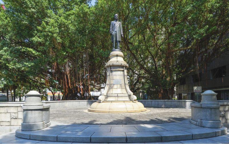 孫中山先生銅像照片