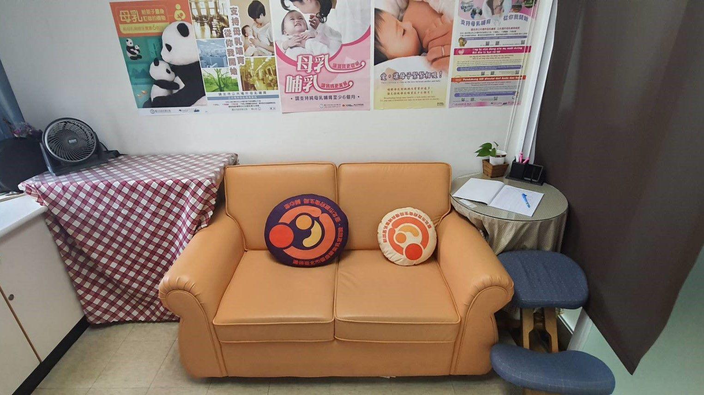 本所哺集乳室座位照片