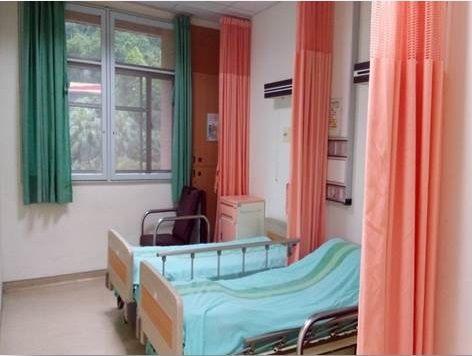 雙人病房病床