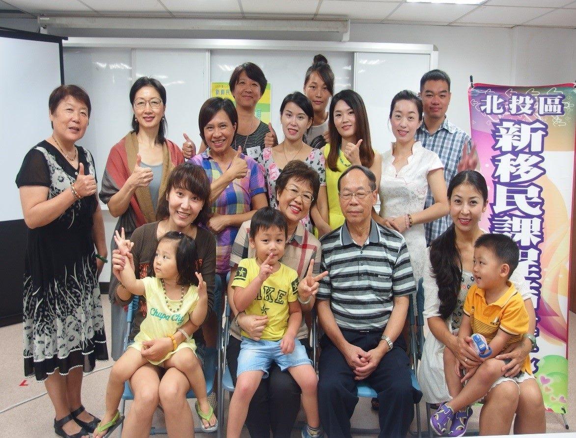閩南語進階班所有學員參與合照活動
