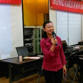 學員演出閩南語歌曲