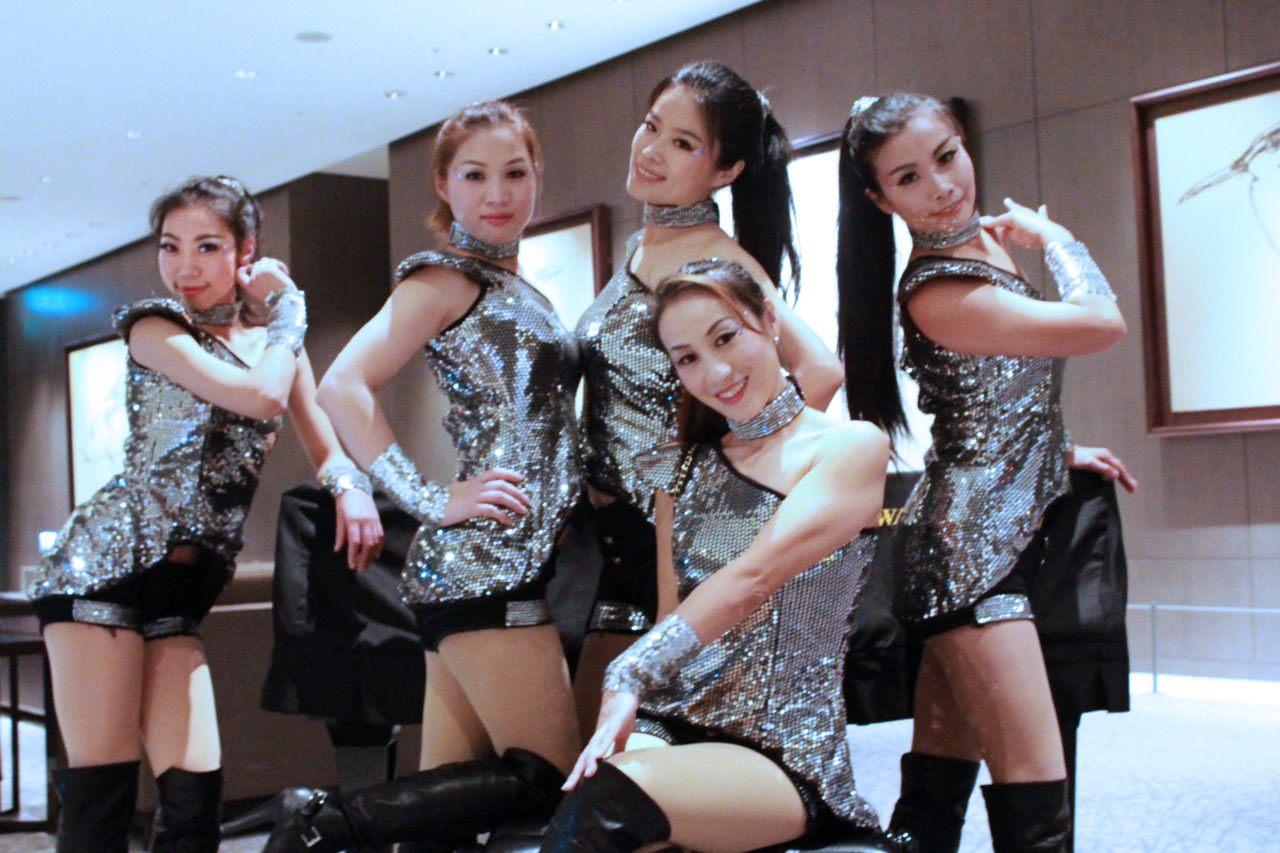 齊舞飛揚舞蹈團 後台合照