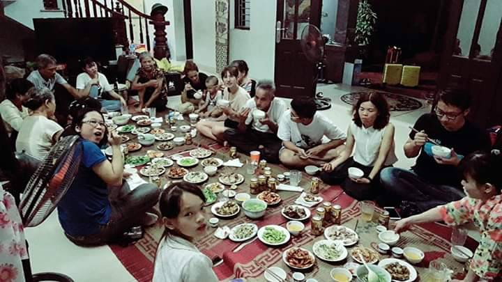 Family coming together for Tết Đoan Ngọ