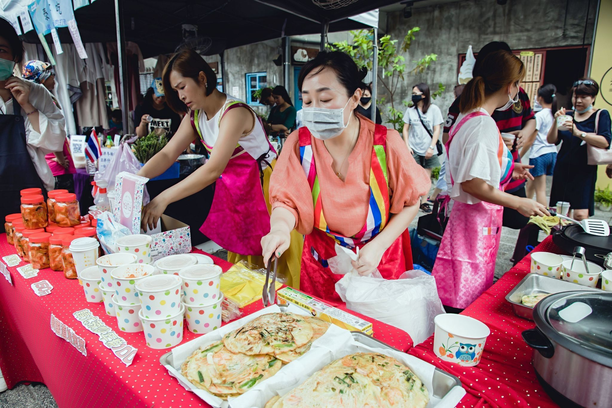 6-Stand Korea menjual pancake yang lezat