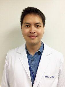 腎臟內科鍾炫光醫師
