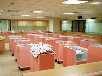 仁愛產後護理-嬰兒室