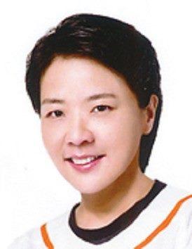 Shan-shan HUANG , Deputy Mayor