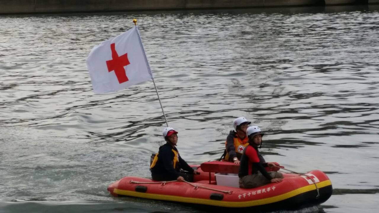 災害防救團體使用救身挺救援訓練照片